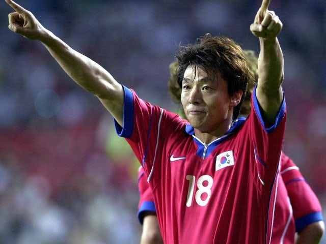 Hwang Sun-hong celebrates scoring for South Korea on June 01, 2001.