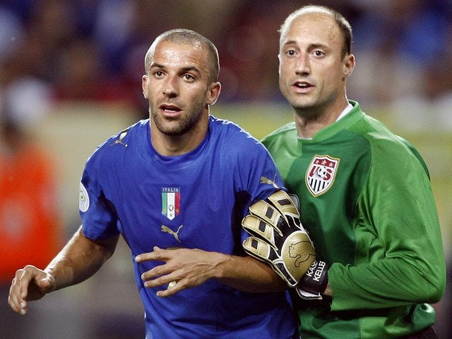 USA goalkeeper Kasey Keller battles for space with Italy striker Alessandro Del Piero on June 17, 2006.