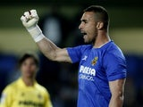 Goalkeeper Sergio Asenjo in action for Villarreal on March 17, 2014.