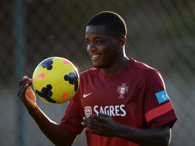William Carvalho takes part in a Portugal training session on November 11, 2013.