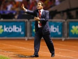 Costa Rica coach Jorge Luis Pinto shouts out instructions on September 06, 2013.