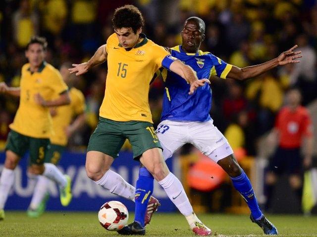 Crystal Palace's Australian midfielder Mile Jedinak battles for possession against Ecuador on March 05, 2014.
