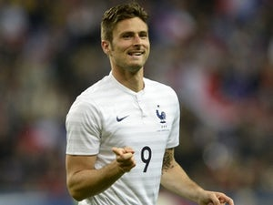 Giroud wants to improve scoring record