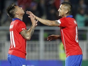 Vargas leads Chile to Copa America final