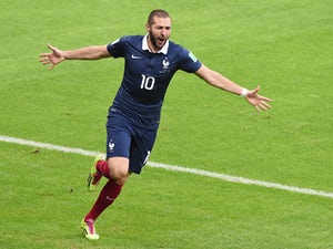 Half-Time Report: France ahead in entertaining encounter