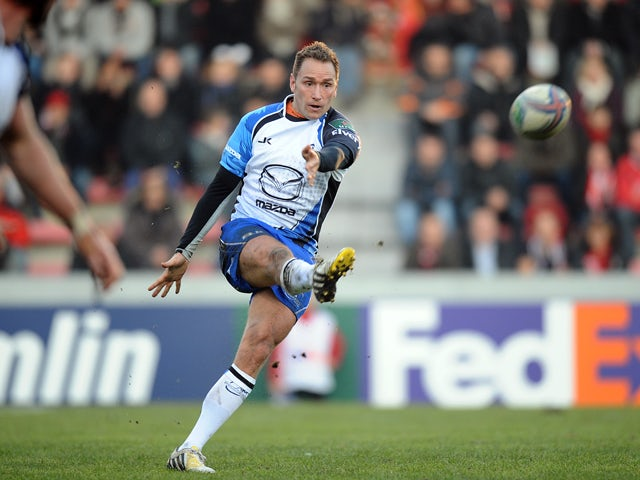 Connacht's Scottish fly half Dan Parks kicks the ball during the European Cup rugby union match between Toulouse and Connacht on December 8, 2013