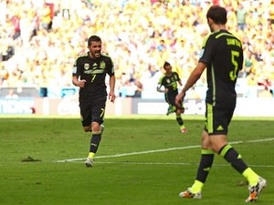 Villa open to Spain return
