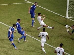Costa Rica book quarter-final place on penalties