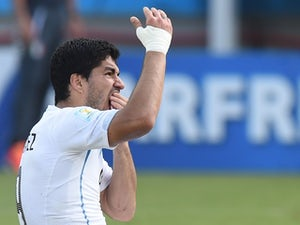 Liverpool to hold Suarez crisis meeting?