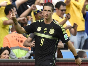 Spain ease past Australia