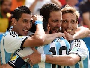 Martino snubs Higuain for Argentina