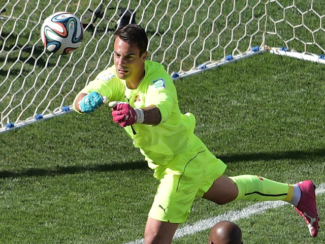 Switzerland's goalkeeper Diego Benaglio defends his goal during the second half of a Round of 16 football match between Argentina and Switzerland at Corinthians Arena in Sao Paulo during the 2014 FIFA World Cup on July 1, 2014