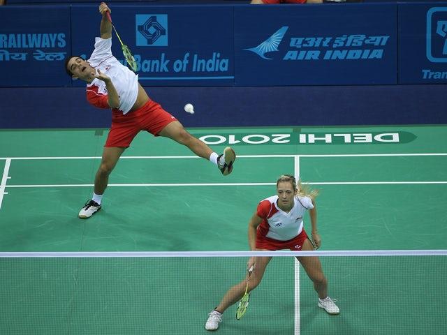 Badminton set for all-English final