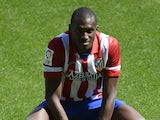 Atletico Madrid's new French midfielder Josuha Guilavogui poses during his presentation at Vicente Calderon stadium in Madrid on September 13, 2013