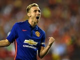 Darren Fletcher #24 of Manchester United celebrates after scoring the game-winning goal in penalty shootouts against Inter Milan during their match in the International Champions Cup 2014 at FedExField on July 29, 2014