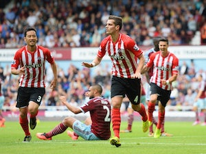 Schneiderlin keen for Saints to carry on