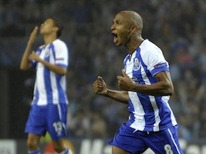 Everton 'had Brahimi bid rejected'