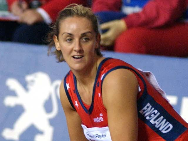 Tracey Neville wants full-time England role