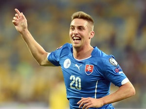 Slovakia take shock lead against Spain