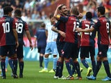 Mauricio Ricardo Pinilla of Genoa CFC celebrates victory at the end of the Serie A match between Genoa CFC and SS Lazio at Stadio Stadio Luigi Ferraris di Genoa on September 21, 2014