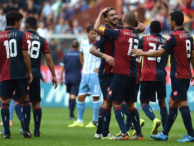 Mauricio Ricardo Pinilla of Genoa CFC celebrates victory at the end of the Serie A match between Genoa CFC and SS Lazio at Stadio Stadio Luigi Ferraris di Genoa on September 21, 2014
