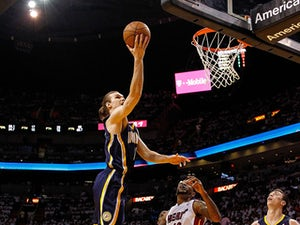 Cavs sign free agent Amundson?