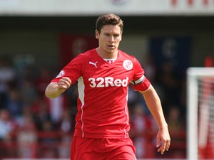 Ex-Crawley captain signs for Plymouth