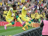 Nantes' French midfielder Jordan Veretout celebrates after scoring a penalty during the French L1 football match between Nantes (FCN) and Lyon (OL) on September 28, 2014