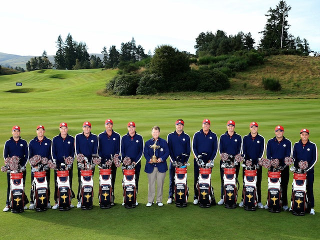 The 2014 USA Ryder Cup team and captain Tom Watson pose for a photo at Gleneagles ahead of the event on September 23, 2014