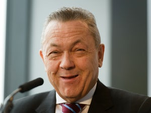 Sullivan: 'West Ham aiming for treble'