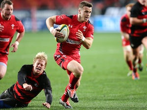 Wales scrum-half Davies out for 12 weeks