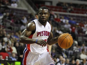 Celtics trade Anthony for Pistons' Bynum