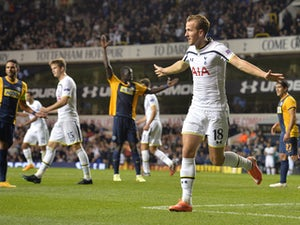 Townsend, Kane on target for Spurs