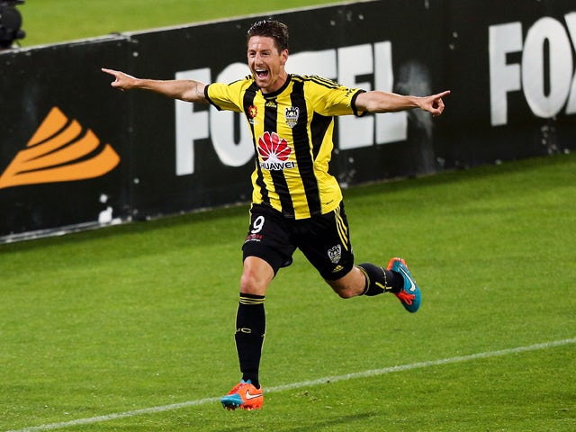 Nathan Burns of the Phoenix celebrates his goal during the round five A-League match between the Wellington Phoenix and the Western Sydney Wanderers at Westpac Stadium on November 7, 2014