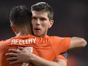 Team News: Van Persie dropped to Netherlands bench