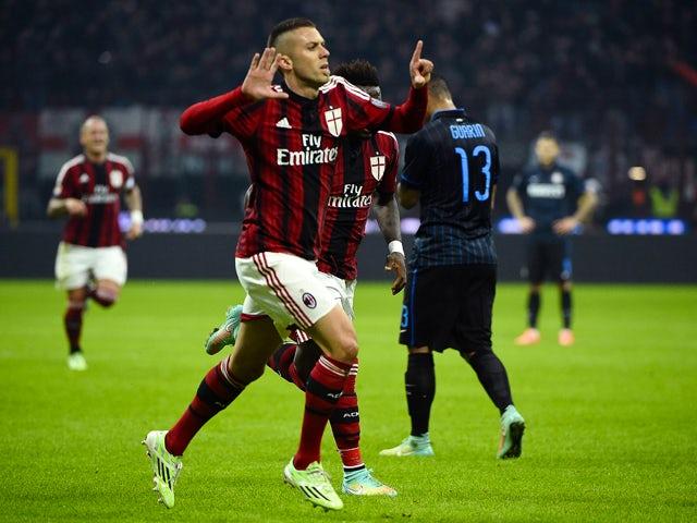 10 jugadores de Liga MX que militaron en AC Milan e Inter 0
