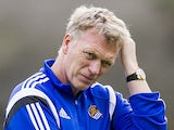 New manager David Moyes oversees a Real Sociedad training session at the Zubieta training ground on November 13, 2014 in San Sebastian, Spain