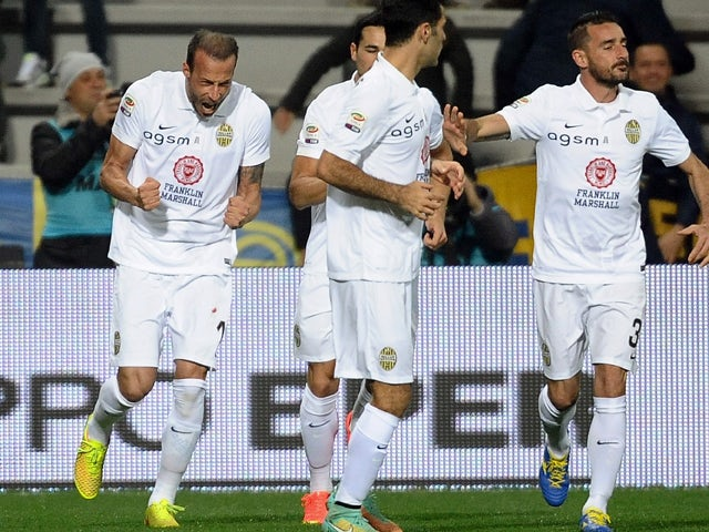 Result: Verona advance with victory over 10-man Perugia