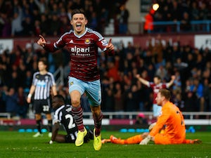 Pellegrini: 'Cresswell is in my plans'
