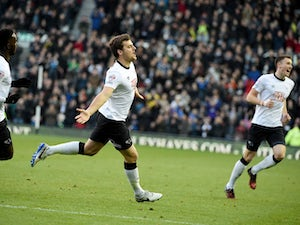 Derby strike late to draw with Brighton