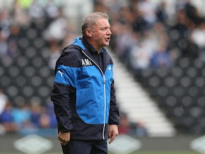 McCoist agrees to early Rangers deal end