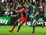 Delon Armitage of Toulon passes the ball during the European Rugby Champions Cup pool three match against Leicester Tigers on December 13, 2014