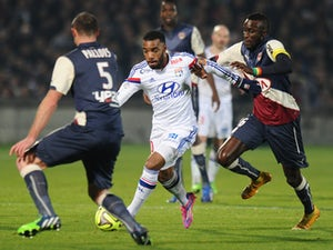 Lyon thrash Bordeaux to reach second
