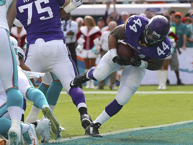 Result: Dolphins edge out Vikings