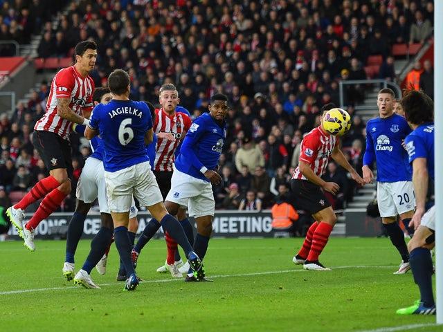 Result: Southampton sweep aside Everton