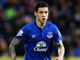 Muhamed Besic in action for Everton on January 1, 2015