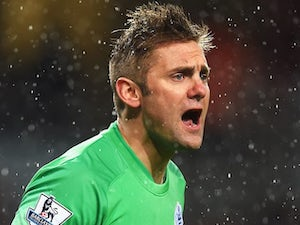 Huddersfield Town sign Robert Green