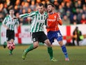 Blyth Spartans' English midfielder Robert Dale (L) vies with Birmingham City's Welsh defender Neal Eardley (R) during the English FA Cup third round football match on January 3, 2015