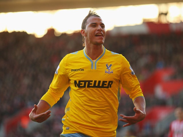 Result: Chamakh puts Palace through
