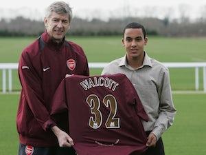 OTD: Walcott joins Arsenal